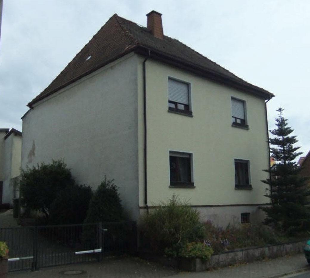 Streichen Der Fassade Der Umbau Des Eichelweg 13 In Weilrod Hasselbach